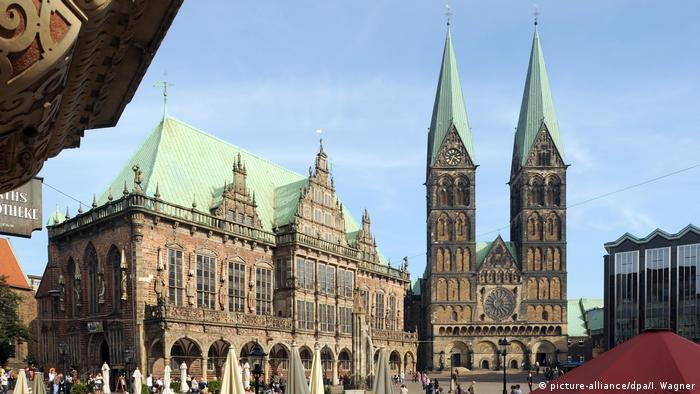 Einheitsfest auf Bremer Marktplatz (picture-alliance/dpa/I. Wagner)