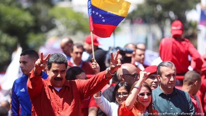 Ministros de los países del Grupo de Lima se reúnen hoy en México para emitir una declaración en torno a la legitimidad de las elecciones presidenciales de Venezuela del 20 de mayo. La oposición venezolana pide un mensaje contundente. (14.05.2018).