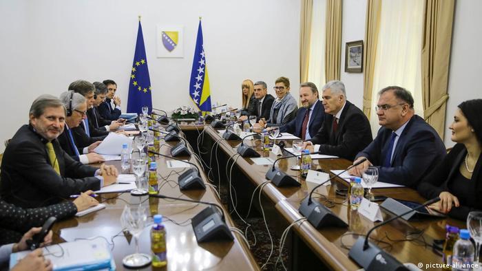 Juncker und Hahn treffen sich mit Mitgliedern der Präsidentschaft von Bosnien und Herzegowina