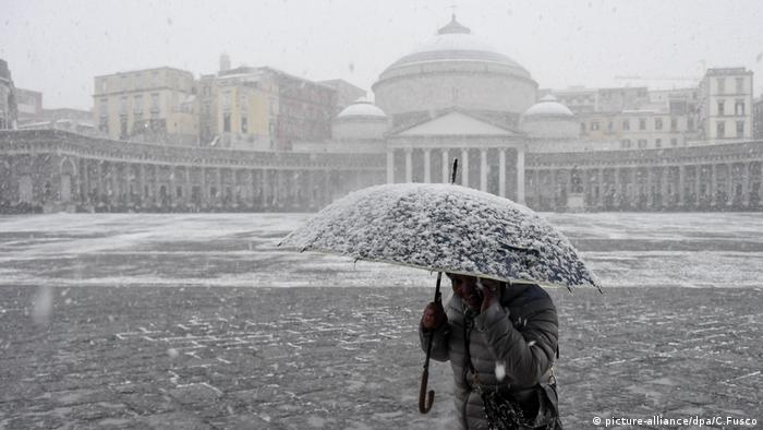 The most snow in Naples, Italy since 1956