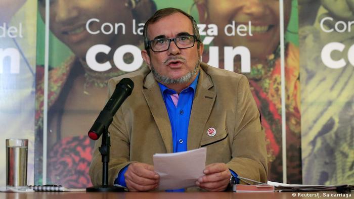 Kolumbien PK Rodrigo Londoño in Bogota (Reuters/J. Saldarriaga)
