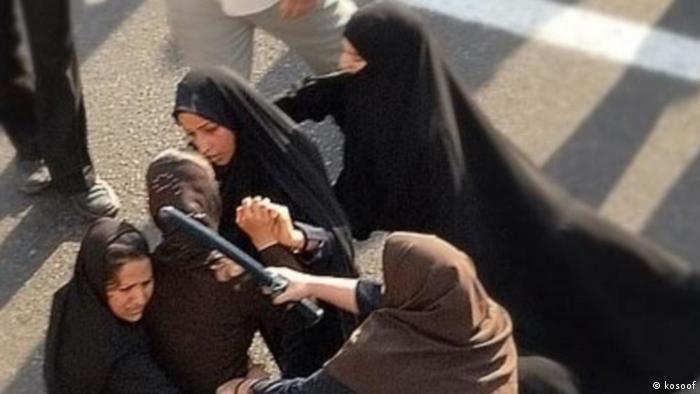 تجمع زنان در سال ۱۳۸۵ در میدان هفت تیر