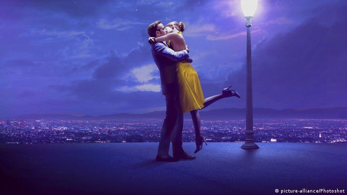 Filmszene aus dem Film 'La La Land' (picture-alliance/Photoshot)