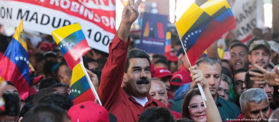 Governo do presidente Nicolás Maduro convocou eleição para 20 de maio, a qual é boicotada pela oposição