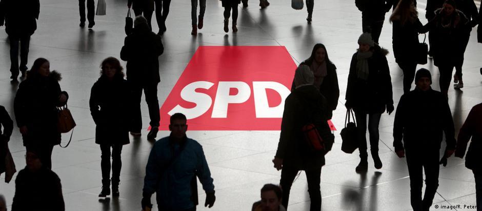 Στις αριστερές του ρίζες επιστρέφει το SPD