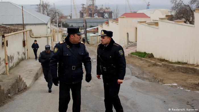 В азербайджанском Сумгаите задержаны 18 активистов