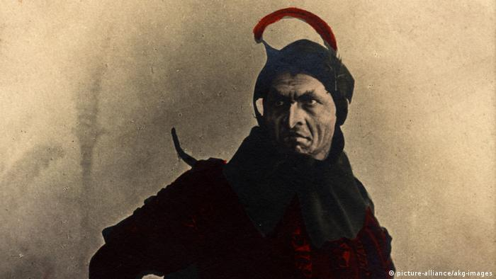 The Russian opera singer Feodor Chaliapin as Mephisto (picture-alliance/akg-images)