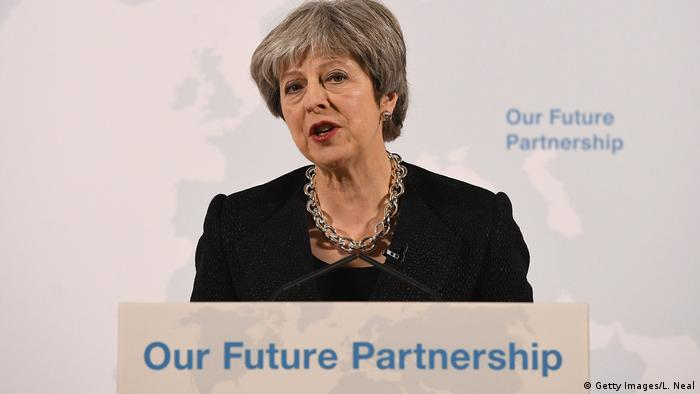 Großbritannien London - Theresa May hält Rede zum Brexit NEU (Getty Images/L. Neal)