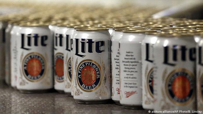 Smbolbild Miller Lite (picture-alliance/AP Photo/B. Linsley)