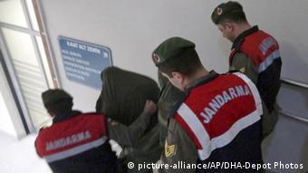 Σε φυλακές υψίστης ασφαλείας κρατούνται οι δύο έλληνες στρατιωτικοί