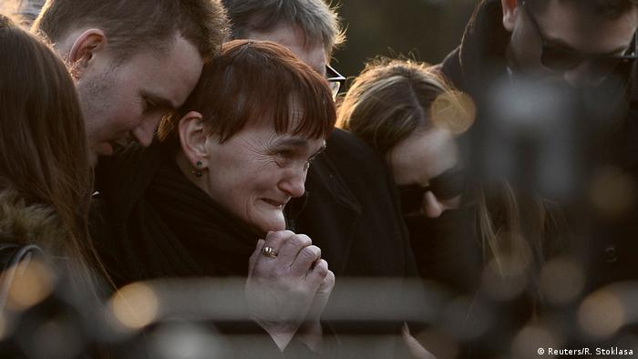 Family of slain journalist Jan Kuciak at his funeral (Reuters/R. Stoklasa)