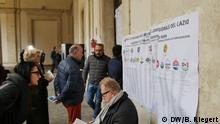 04.03.2018 Italien Rom - Parlamentswahl Schlangen vor dem Wahllokal an der Via del Corso