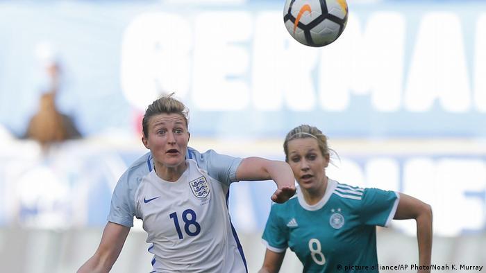 Dfb Frauen Verschenken Sieg Gegen England Sport News Dw