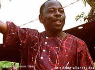 Nigerian writer and actrivist actrivist Ken Saro-Wiwa