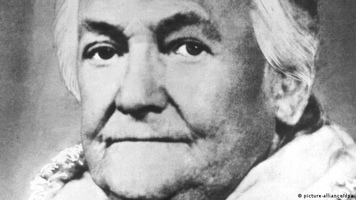 Portrait of Clara Zetkin (picture-alliance/dpa)