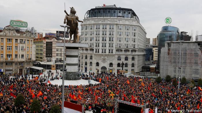Mazedonien Namensstreit Protest in Skopje (Reuters/O. Teofilovski)