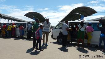 Mosambik öffentlicher Verkehr, Busfahrten | Praça dos Combatentes in Maputo