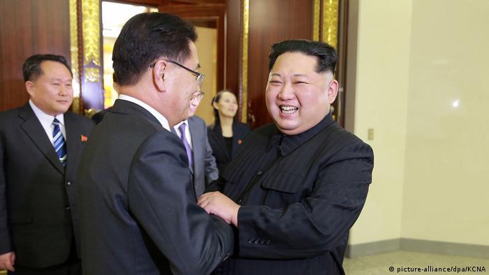 دیدار رهبر کره شمالی با هیئت بلندپایه کره جنوبی