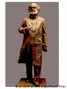 A bronze statue of Karl Marx