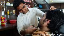 Pakistan Barbier Barber Friseur Bärte Bart (Getty Images/A. Majeed)