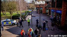 . 06/03/2018. Salisbury, United Kingdom. Russian spy Sergei Skripal critically ill. Police guard a sealed off area where a Russian colonel who spied for MI6 is critically ill in a British hospital with his daughter, amid fears of a poison plot. Sergei Skripal, 66, who had recently told police he feared for his life, was rushed to hospital after collapsing on a bench (covered by the tent) outside a shopping centre in Salisbury on Sunday. PUBLICATIONxINxGERxSUIxAUTxHUNxONLY xAndrewxParsonsx/xi-Imagesx IIM-17155-0004