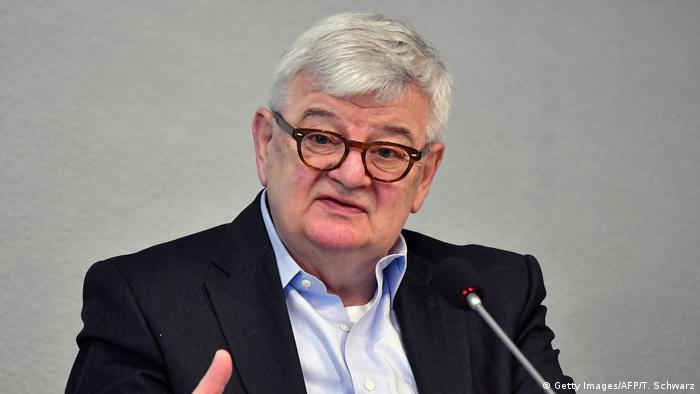 ر\يس حزب الخضر ووزير خارجية ألمانيا الأسبق يوشكا فيشر