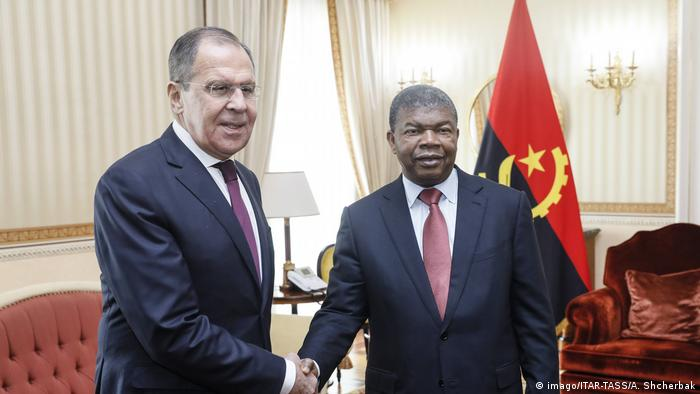 Angola | russischer Außenminister Lawrow mit Angolas Präsident Joao Lourenco