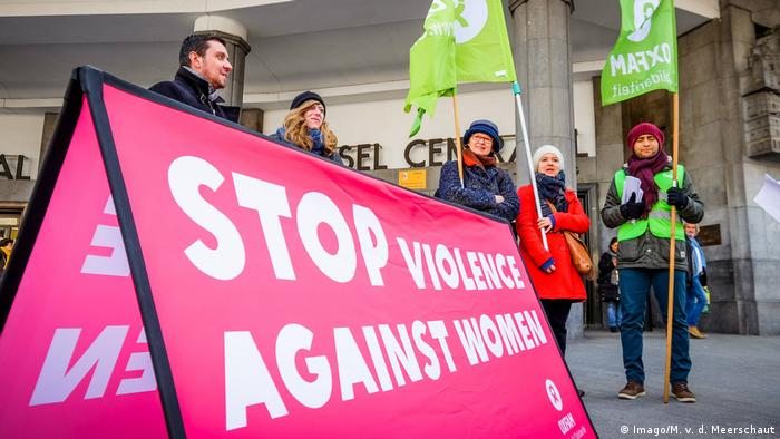 A group of women's day protesters in Brussels (Imago/M. v. d. Meerschaut)