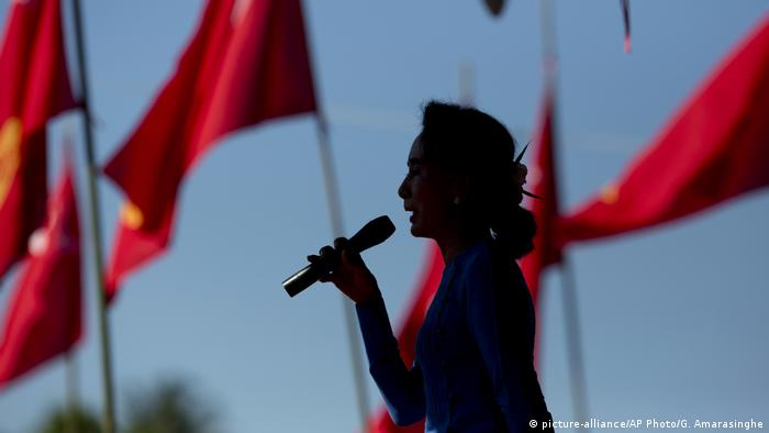 Myanmar Aung San Suu Kyi (picture-alliance/AP Photo/G. Amarasinghe)