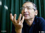 صادق زیباکلام نظریهپرداز ایرانی