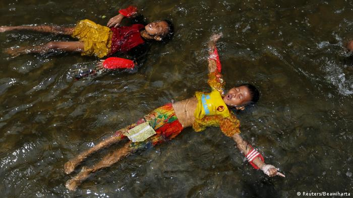 Indonesien Jakarta Leben mit täglichen Überschwemmungen (Reuters/Beawiharta)