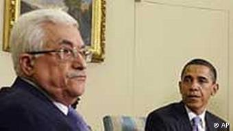 President Barack Obama, right, meets with Palestinian Authority President Mahmoud Abbas