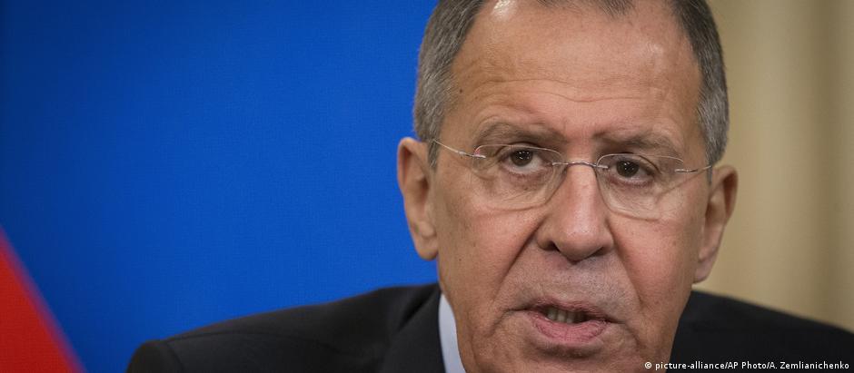 """O ministro russo do Exterior, Sergei Lavrov, disse que as acusações contra seu país  são """"grosseiras e infundadas"""""""