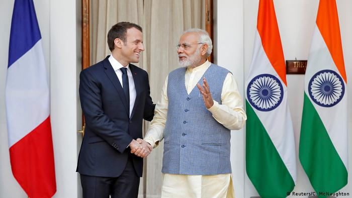 Il Primo Ministro indiano Narendra Modi e il Presidente della Francia Emmanuel Macron durante un incontro a Nuova Delhi, 10/03/2018. Credits to: AFP/Ministero degli Affari Esteri indiano.