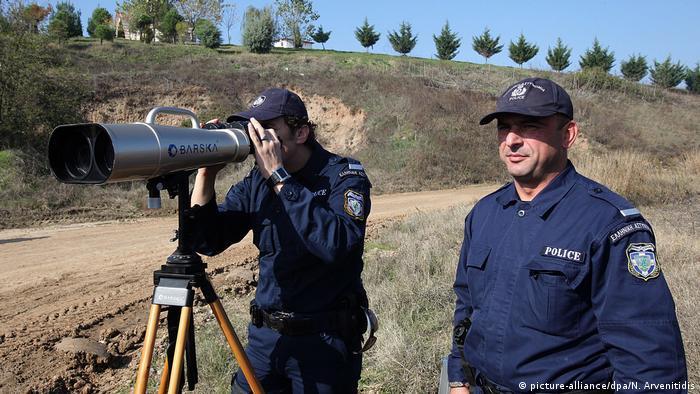 عکس آرشیوی از ماموران مرزی در مرز مشترک یونان و ترکیه