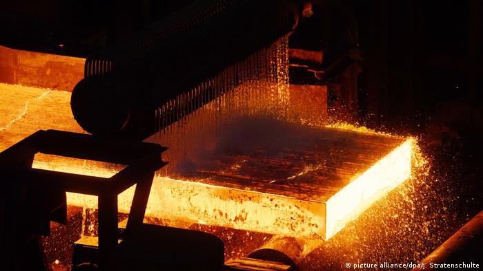 У Трампа натякають на можливість винятків для ЄС щодо ввізних мит на сталь та алюміній