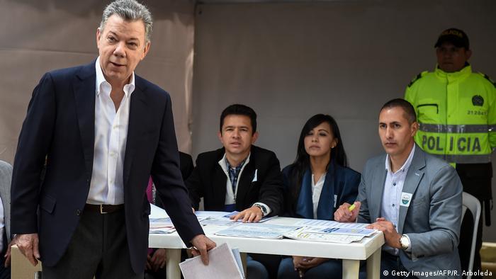 Presidente colombiano, Juan Manuel Santos, durante votação