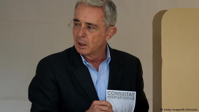 Ehemaliger kolumbianischer Präsident (2002-2010) und jetziger Senator Alvaro Uribe (Getty Images/R.Arboleda)
