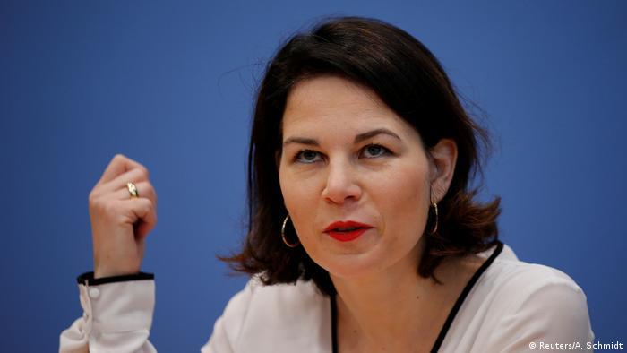 Deutschland Bundespressekonferenz in Berlin Annalena Baerbock (Reuters/A. Schmidt)