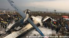 Nepal Absturz eines Flugzeugs aus Bangladesch