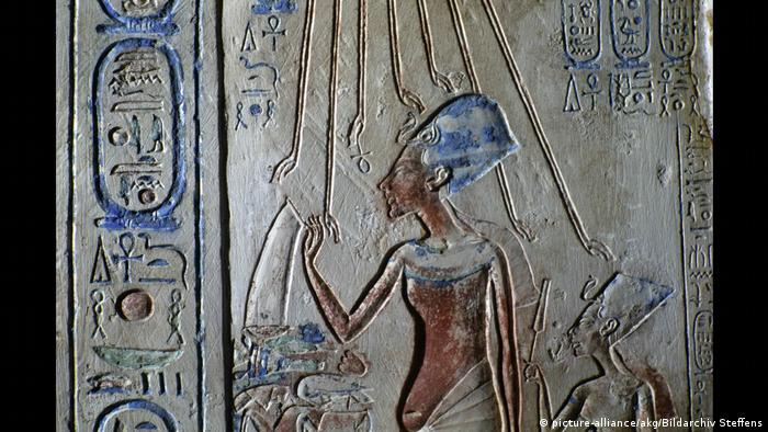 Pharaoh Akhenaten relief (picture-alliance/akg/Bildarchiv Steffens)