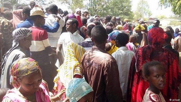 People fleeing to Kenya from Ethiopia.