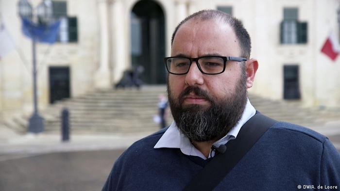 Malta Blogger Manuel Delia
