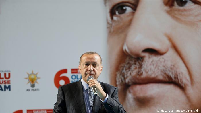Recep Tayyip Erdogan (picture-alliance/AA/E. Elaldi )
