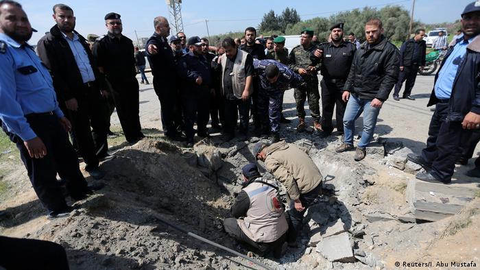 Palästina Anschlag auf Rami Hamdallah im Gazastreifen (Reuters/I. Abu Mustafa)
