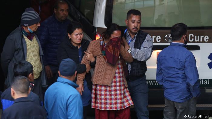 Nepal Flugzeugabsturz in Kathmandu (Reuters/E. Joshi)