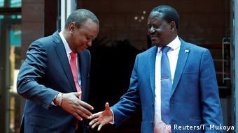 Kenia Präsident Uhuru Kenyatta und Oppositionsführer Raila Odinga in Nairobi (Reuters/T. Mukoya)