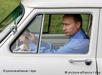 Premijer Rusije Vladimir Putin pozdravlja preuzimanje nemačkog Opela