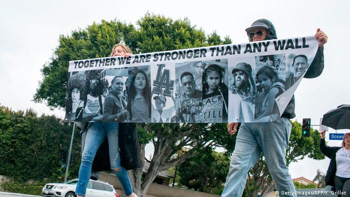 USA Demonstration gegen Mauerbau in Kalifornien