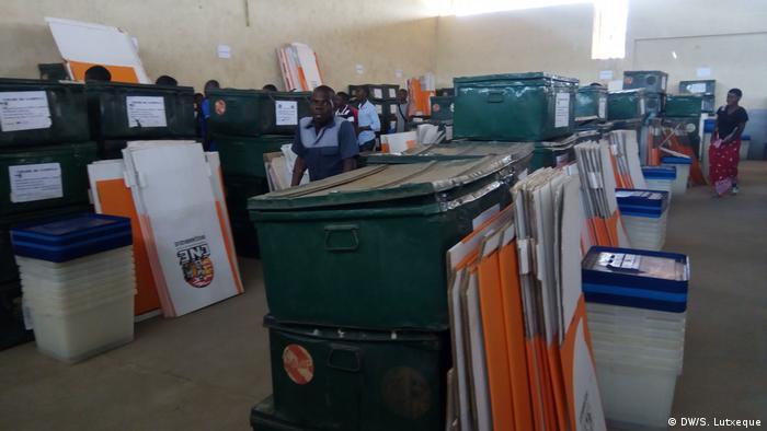 Wahlmaterial in Nampula, Mosambik